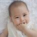 授乳がうまくいかないのは赤ちゃんがまっすぐ飲めていないからかもしれません。